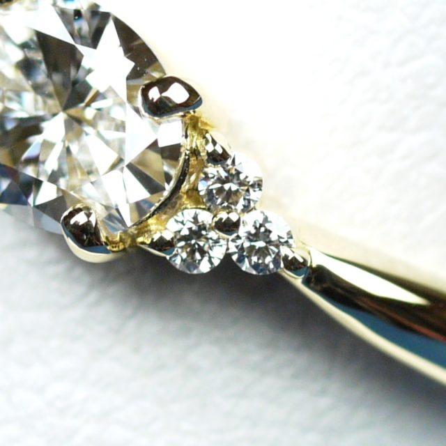 オーバルカット ダイヤモンド 婚約指輪