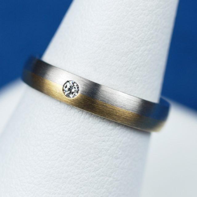 鍛造 結婚指輪 プラチナとゴールドのコンビネーション
