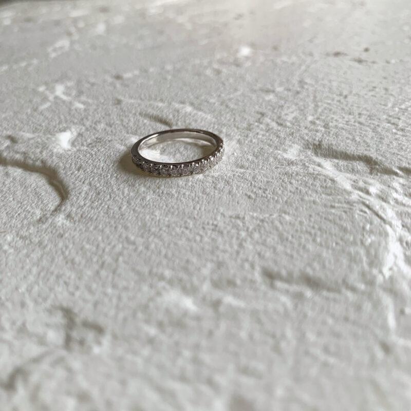 エタニティリング Saint 合計0.32ct プラチナ(幅2.4mm / Pt950)