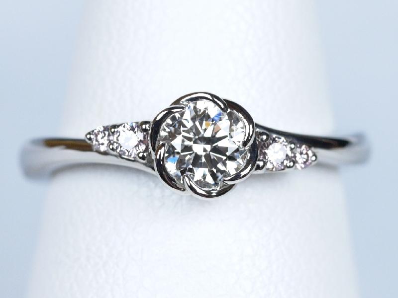 ピンクダイヤモンド 指輪