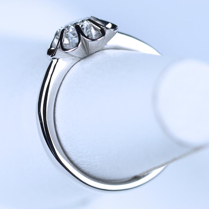 菊爪 婚約指輪