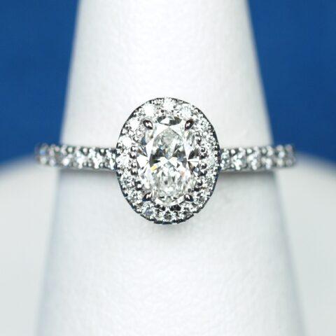 0.4カラット オーバルカット 婚約指輪